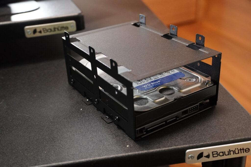 HDD mounter